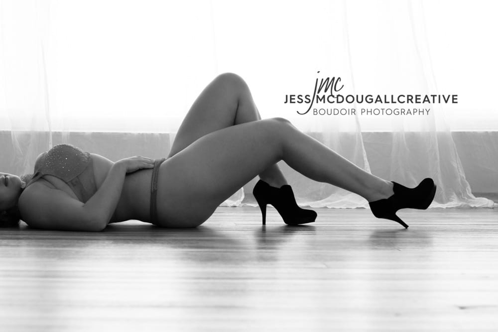 Taking the Leap with a Boudoir Photoshoot – Jess McDougall Creative North Shore Boudoir