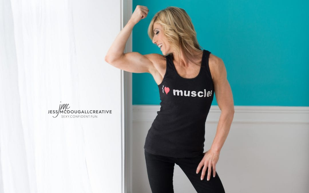 WE LOVE MUSCLES! Super fun fitness shoot with Stacey.